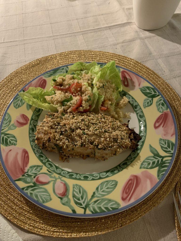 Panierter Fisch mit Couscous